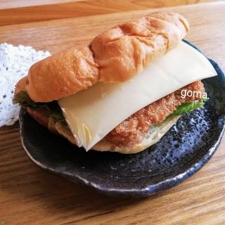 コロッケチーズサンド