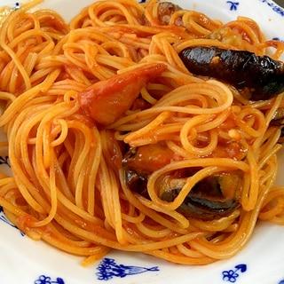 ウインナーと揚げ茄子のトマトパスタ