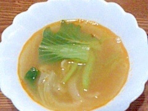 玉ねぎとチンゲン菜スープ