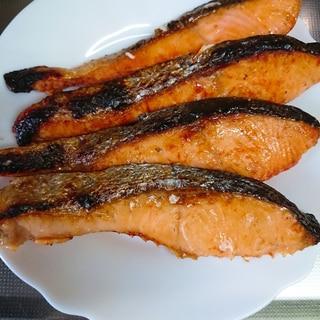 甘塩鮭のごま油焼き