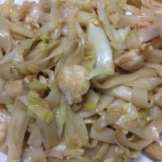 鶏肉とキャベツの和風きしめん炒め