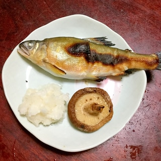 椎茸と鮎の塩焼き@大根おろし添え。