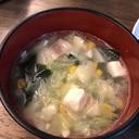 作り置きにも。キャベツたっぷり中華スープ