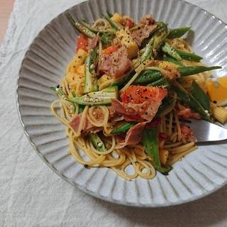 夏野菜のにんにく生姜醤油パスタ