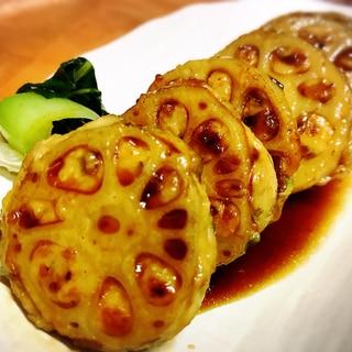 ★鶏ひき肉のレンコンはさみ焼き★