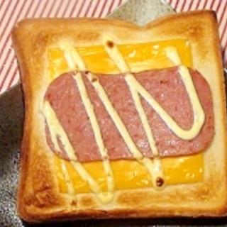 スパムチーズトースト