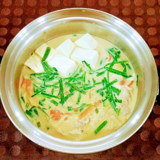 一番人気!☆豚肉のごま味噌豆乳鍋