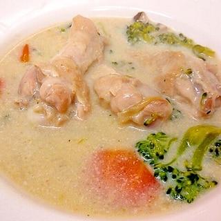 鶏手羽元と野菜の豆乳クリーム煮