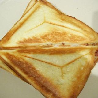 海苔チーズのホットサンド
