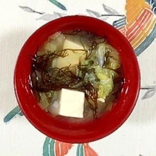 白菜とふのり、塩とうふのお味噌汁