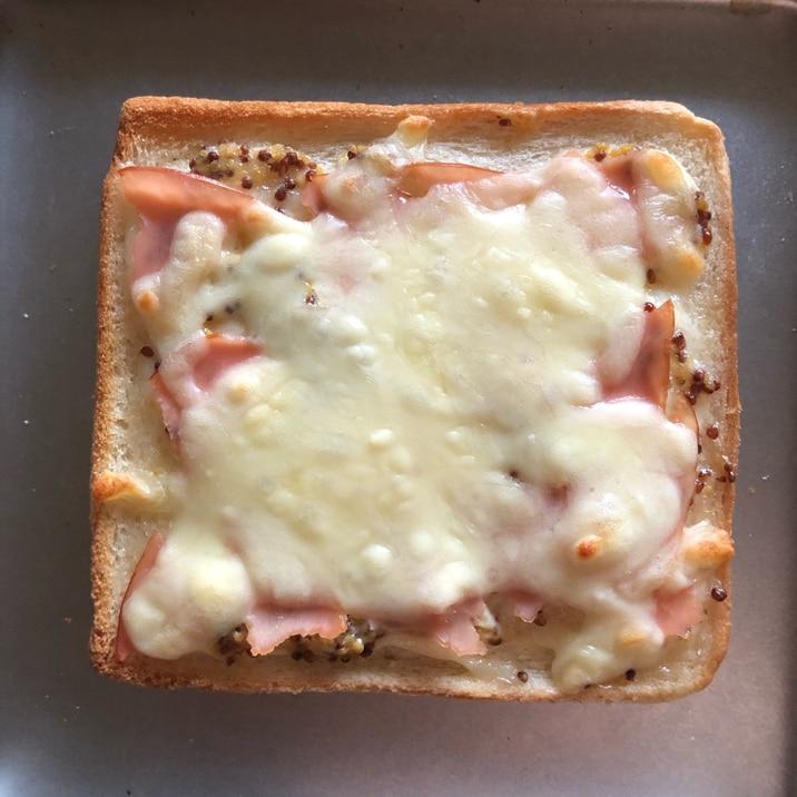 朝食に♡ハムチーズトースト