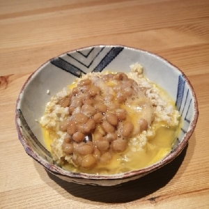 【超簡単】納豆卵かけオートミール