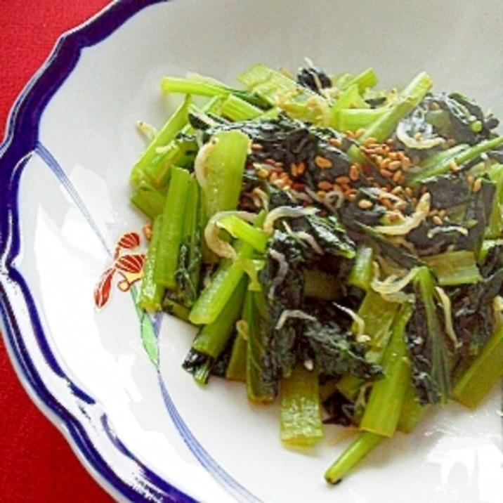 カルシウム補給に!小松菜とおじゃこの和風炒め