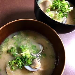 シジミと野菜のお味噌汁