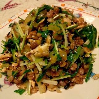 栄養満点♪シャキシャキ水菜と鯖のチャーハン