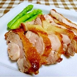 ジューシーな鶏もも肉の塩焼き