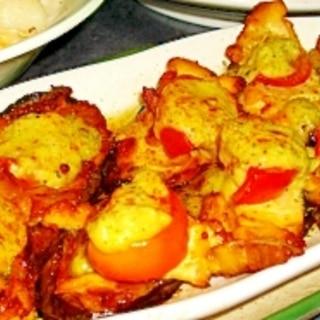 茄子と鶏モモのグリーンクリームソース焼きトマト添え