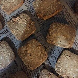 洗い物ゼロ‼︎ 袋でモミモミ黒糖ナッツHMクッキー