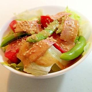 レタス・トマト・SPエンドウ・ベーコンの胡麻サラダ