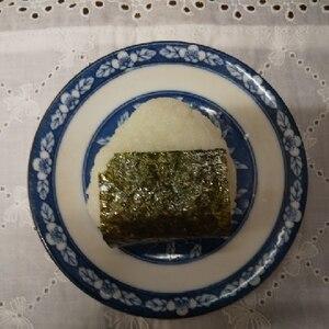 鮭と小松菜と梅のおにぎり