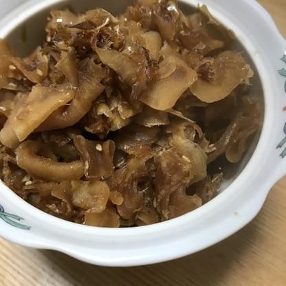 新生姜が安かったので作りました!6才長男も体に良さそう!と食べてました。旦那もお気に入りです☆さとうきびの甘さと鰹節で美味しいです!
