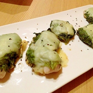 簡単なおつまみ☆鶏胸肉の大葉チーズ焼き