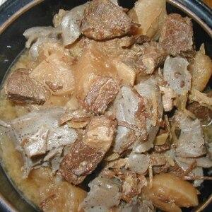 居酒屋さん風★牛すね肉と大根・こんにゃくの煮込み