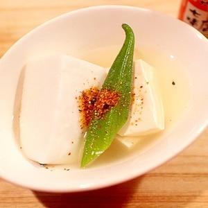 冷たい湯豆腐…冷やし湯豆腐?冷やしおでん的なお豆腐
