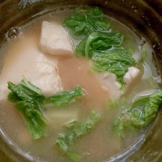 豆腐と白菜の味噌鍋風味噌汁