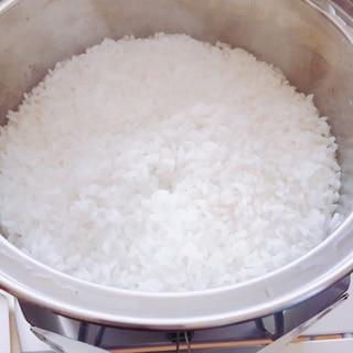 ステンレス鍋のご飯の炊き方(キャンプでも作れる!)