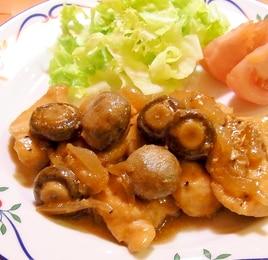 鶏肉とマッシュルームのソテー