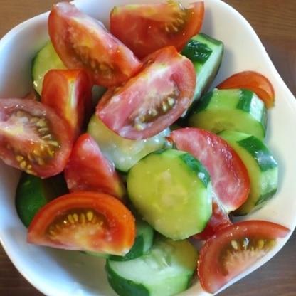 塩麹でトマトときゅうりはよく和えますが、ごま油はつかったことなかったぁ!  おいしかったです♪