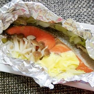 マヨネーズのコク♪フライパンで鮭のホイル焼き