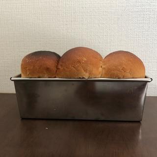 100均のパウンドケーキ型で焼く★シンプル食パン★