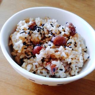 圧力鍋で簡単もちっり☆豆入り寝かせ玄米ご飯♪