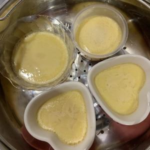 材料3つで驚き!!フライパンで作る簡単プリン