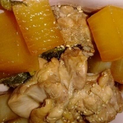 炊飯器でなく、低圧鍋でチャレンジしました! 本っ当に美味しくて、こんな簡単でいいの?という感じです。 ごちそうさま(๑´ڡ`๑)