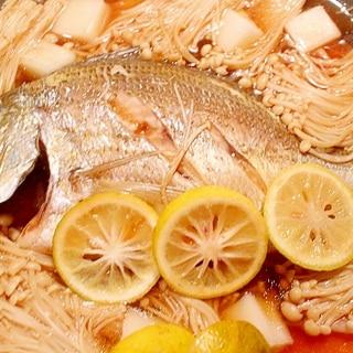 フライパンで手軽に煮魚♪鯛の和クアパッツァ