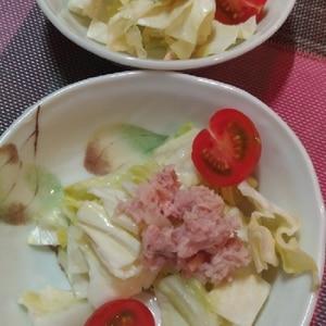 キャベツとミニトマトとツナのチョレギサラダ