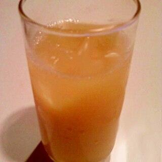 フルーティーな味わい☆オレンジジュース入り白ワイン