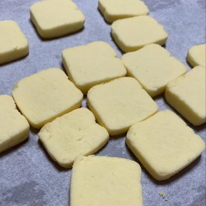 こちらのレシピで初挑戦! 手元にあったパルスイートの液体タイプで砂糖代用しましたが、美味しくサクサクに出来あがりました。