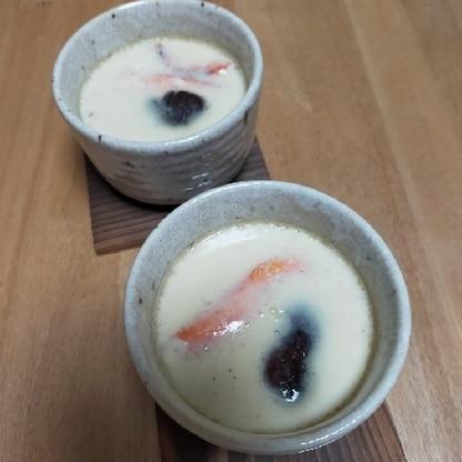 蟹のポーションがあり、何をしようか悩んだ末に茶碗蒸しに。白だしで簡単、美味しくていいですね!