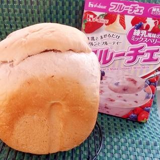 フルーチェで簡単!甘酸っぱいベリー食パン♪