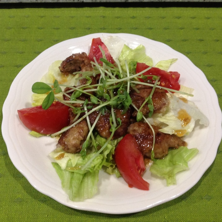鶏レバーのサラダ