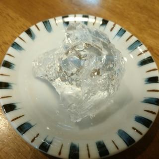 簡単節約!自宅で透明なロックアイスを作る裏技