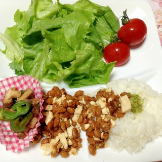 豆腐納豆そぼろ&ピーマン椎茸炒め☆ワンプレート