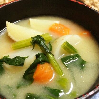 カブ&ニンジン&ほうれん草の味噌汁