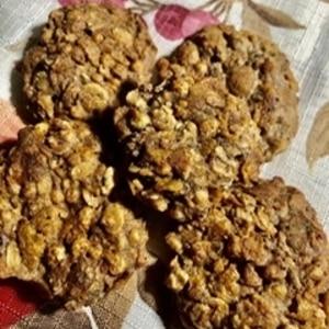 グラノーラとバナナときな粉でクッキー