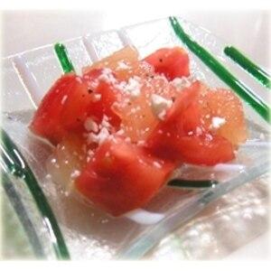 トマトとグレープフルーツのオリーブオイルサラダ