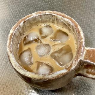 飲むヨーグルト入りアイスコーヒー